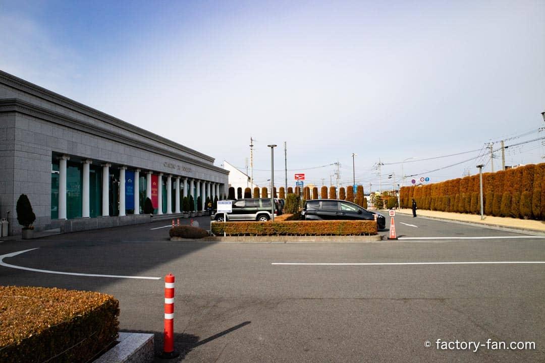 ガトーフェスタハラダ駐車場